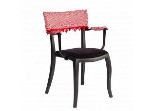 Cadeira Duomo com Braço com encosto e apoio Zig Zag e pingente vermelho